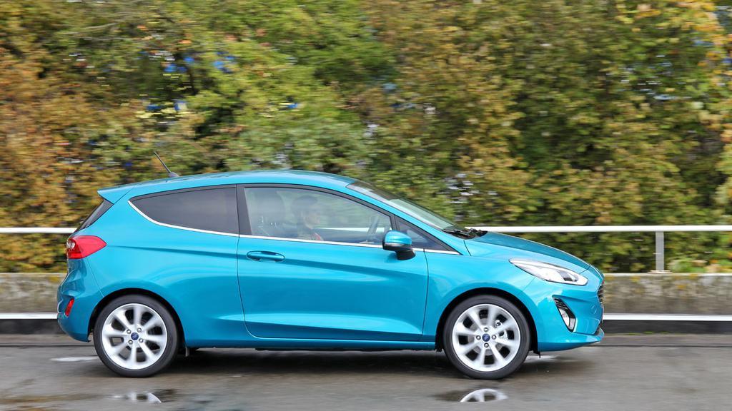 Ford_Fiesta_dynamique.jpg