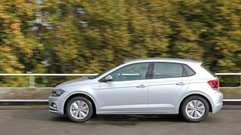 Volkswagen_Polo_dynamique.jpg