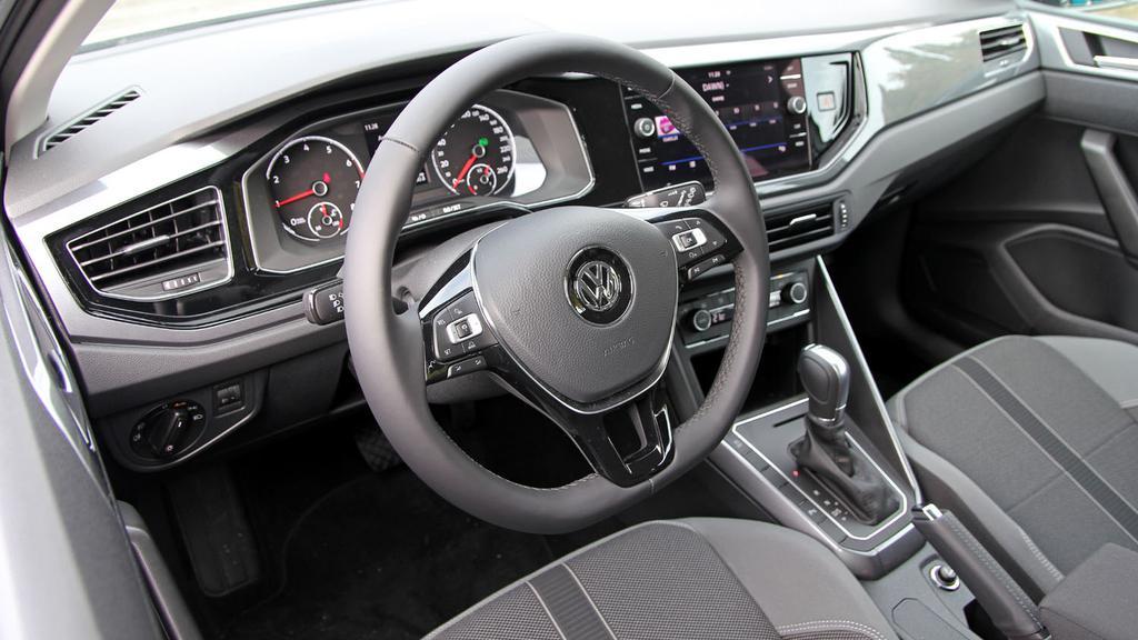 Volkswagen_Polo_tdb.jpg