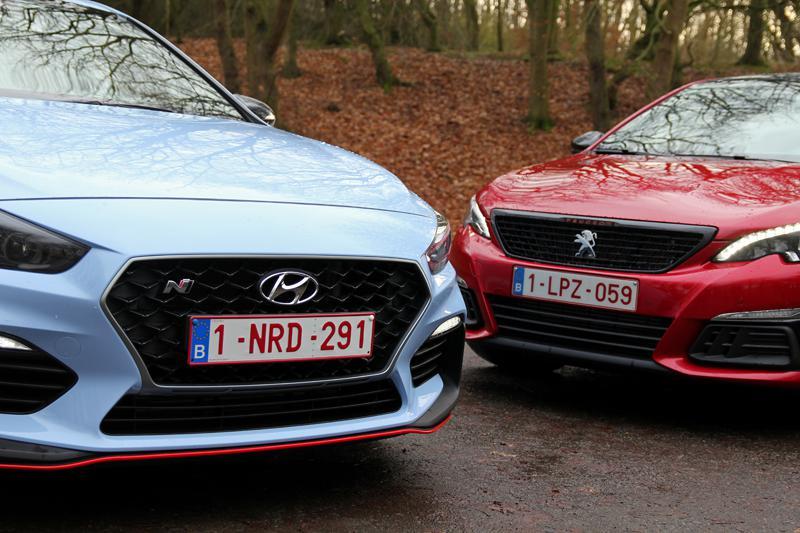 2_Hyundai_i30_N_vs_Peugeot_308_GTI.jpg