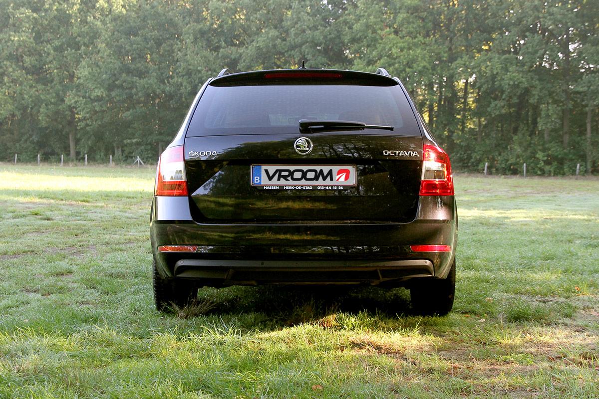 Verkoop je wagen sneller op VROOM.be: maak de perfecte foto's!