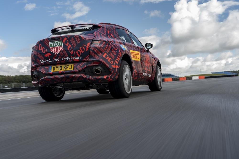 Aston Martin DBX : un V8 de 550 ch pour rugir de plaisir !