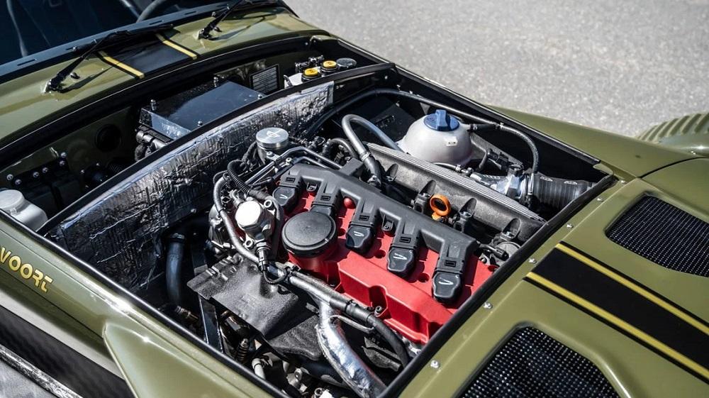 Donkervoort D8 GTO JD70 verplettert je ingewanden