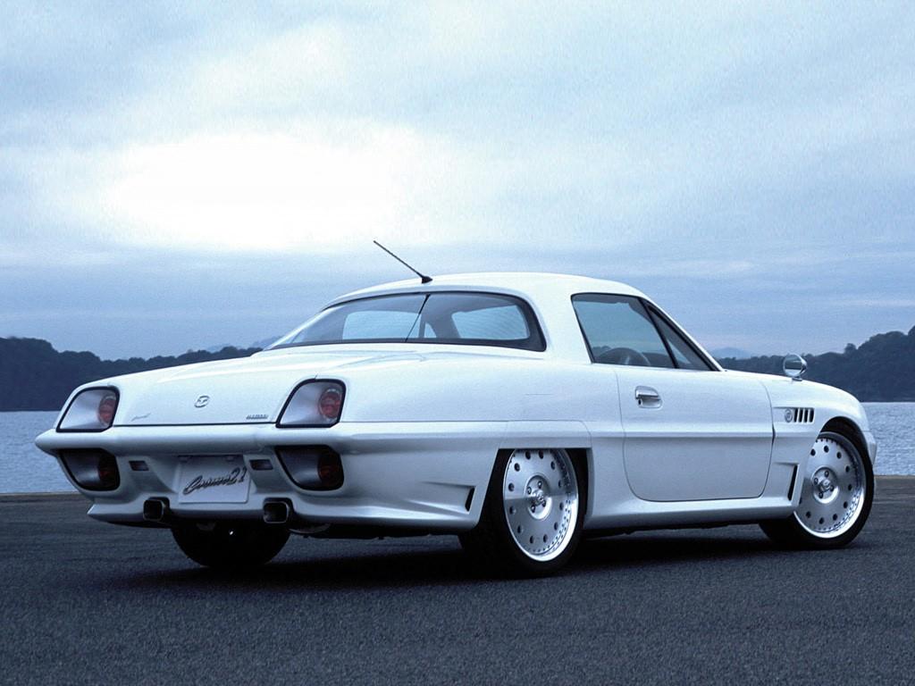 Concept oublié : Mazda Cosmo Concept 21, l'iconoclaste ?
