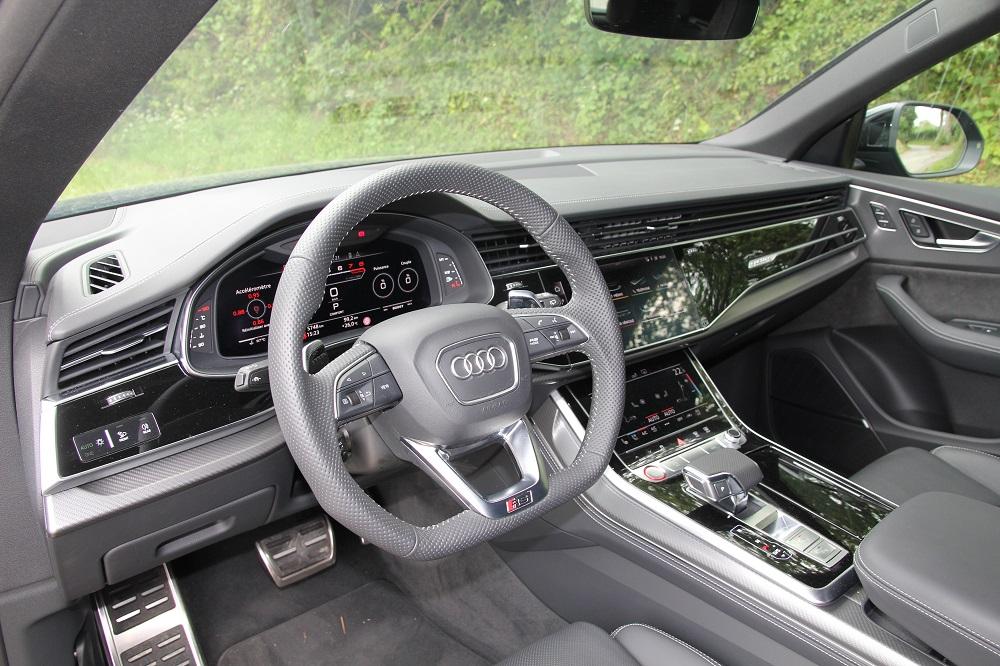 Audi RS Q8 vs BMW X6 M Competition: pure agressie
