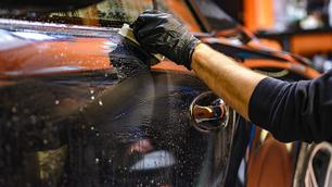 10 tips om je auto beter te wassen