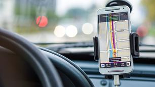 7 handige apps die je in je auto moet hebben
