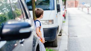 9 tips om je kind veilig naar school te laten gaan
