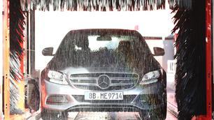 Auto beschadigd in de carwash? Dit zegt de wet