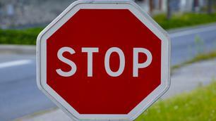 Niet gestopt voor een stopbord: wat zegt de wet?