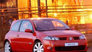 5 choses à savoir avant de craquer : Renault Mégane II RS, une bombe dès 7.000 euros !
