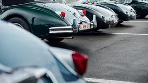 Wordt oldtimerrijden duurder in Vlaanderen?