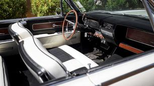 De Lincoln Continental van Jackie Kennedy staat te koop