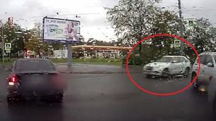 Video: daarom zijn kruispunten gevaarlijk