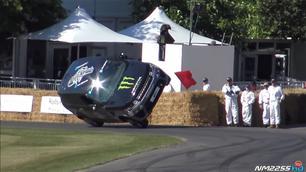 Video: Range Rover Sport SVR maakt het bont op twee wielen!