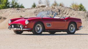 Oud, bloedmooi en peperduur: voor tientallen miljoenen euro's Ferrari's te koop