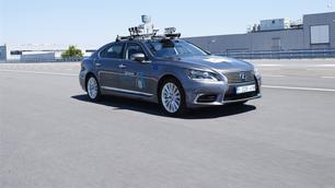 Opgelet: in Brussel kun je deze zelfrijdende Lexus tegenkomen