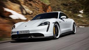 Tesla vs Porsche: de oorlog gaat voort