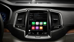 Apple CarPlay/Android Auto zijn gevaarlijker dan cannabis aan het stuur