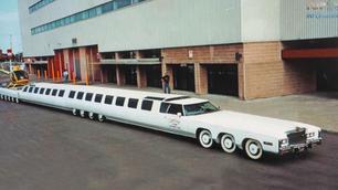 On a retrouvé la voiture la plus longue du monde !