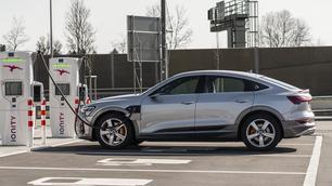 Meer dan 1 op 2 nieuwe auto's in Noorwegen was een EV in 2020