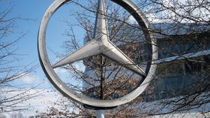 Mercedes overweegt Belgische showrooms te verkopen om te besparen