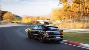 Nürburgring: Porsche Cayenne Coupé klopt Audi RS Q8