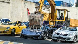 Filipijnen: geen genade voor illegaal ingevoerde auto's
