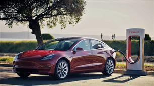 Volgend jaar kunnen alle EV's bij Tesla opladen