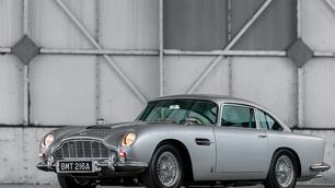 La boîte de vitesses de l'Aston Martin DB5 à nouveau produite !