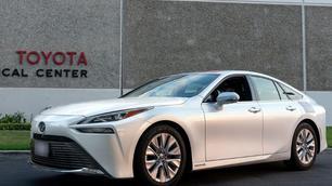 Toyota Mirai breekt eigen record en rijdt 1.360 kilometer zonder tanken