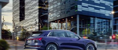 """Audi geeft 20 km extra rijbereik aan """"elke"""" e-tron 55 quattro"""