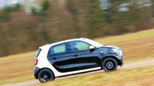 Hyundai i10 1.0 vs Smart Forfour 1.0: conservatief of progressief?