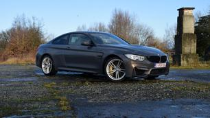 BMW M4 Competition: de overtreffende trap (VIDEO)