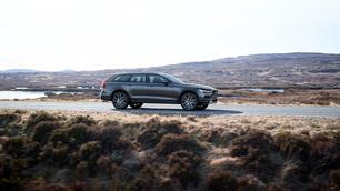 Volvo V90 Cross Country D5: vanuit de hoogte