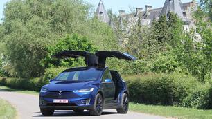 Rijtest: Tesla Model X 100 D, de toon zetten