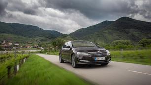 Getest: Skoda Superb, nieuwe blik en nieuwe generatie diesels