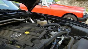 Mazda MX5 vs MG Midget 1977 (2/2)
